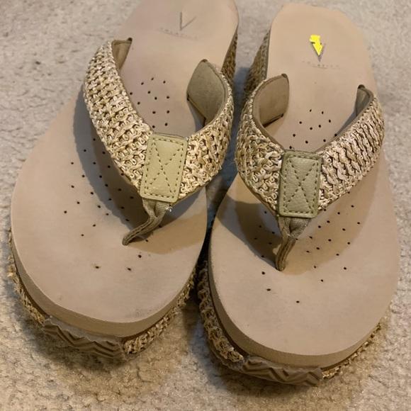 Volatile Sandals, no box